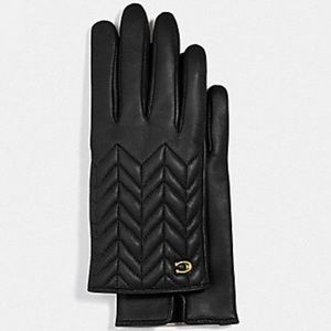 Authentic Coach Sheepskin Quilted leather gloves
